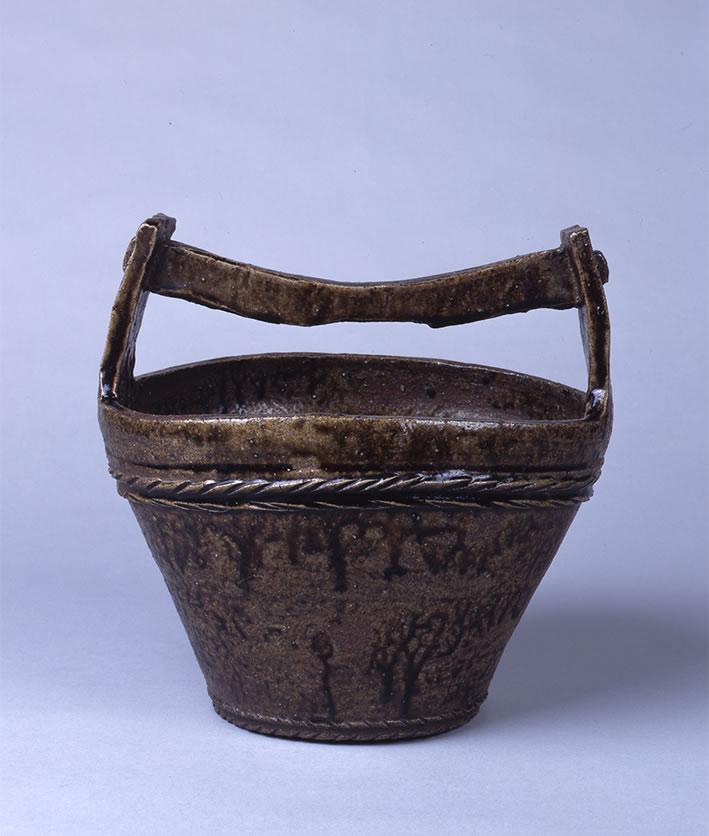 灰釉桶形水罐